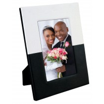 "5"" x 7"" Black & White Picture Frame"