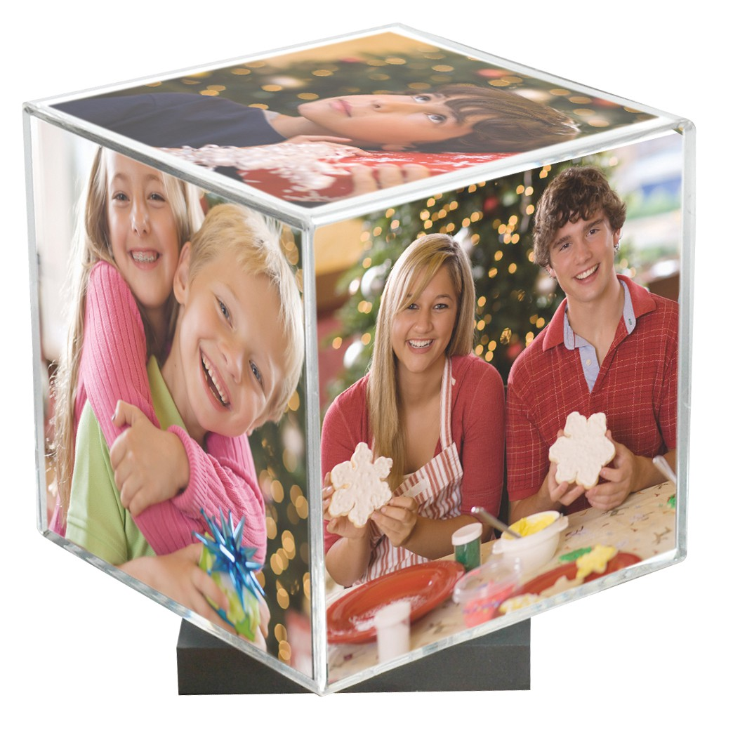 Spinning Photo Cubes
